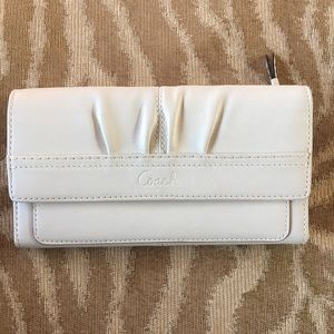 COACH Ivory Leather Snap Wallet